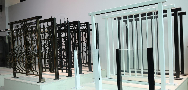 staircase_railing_curtainwall_13