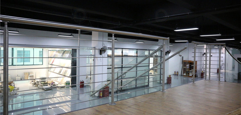 staircase_railing_curtainwall_16