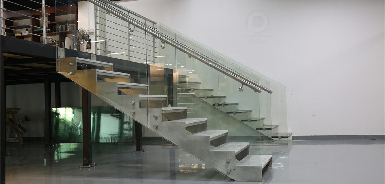 staircase_railing_curtainwall_04