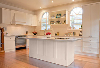 solid_wood_kitchen_cabinets1