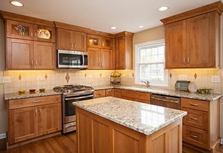 solid_wood_kitchen_cabinets2