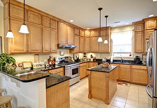 solid_wood_kitchen_cabinets6