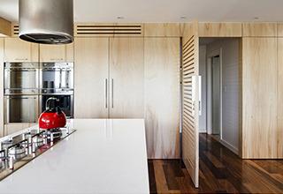 timber_veneer_finish_kitchen_cabinets2