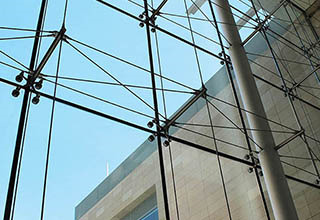 cable_point-supported_glass_curtain_wall1