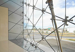 cable_point-supported_glass_curtain_wall3