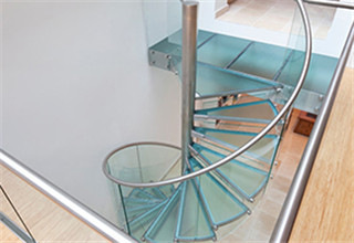 glass_spiral_stairs1