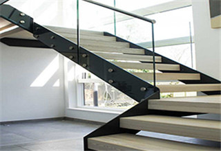 plate_stringer_stairs1