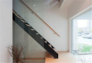 u_base_channel_beam_stairs3