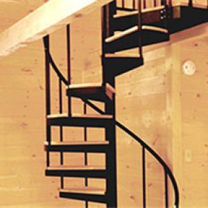 木踏板螺旋楼梯