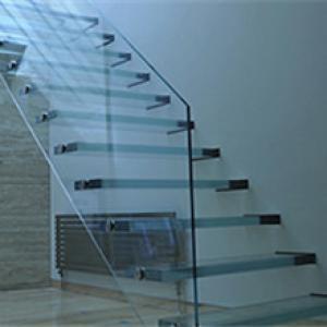玻璃悬浮梯